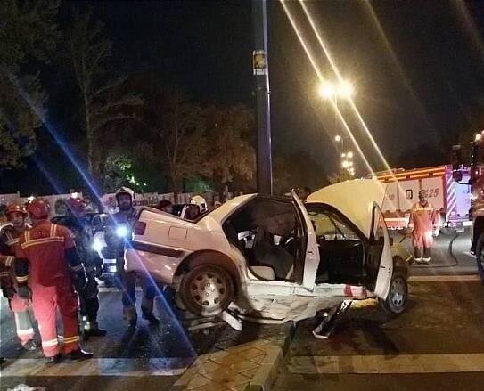 مصدومیت 10 نفر در تصادف زنجیره ای 4 خودرو در اصفهان